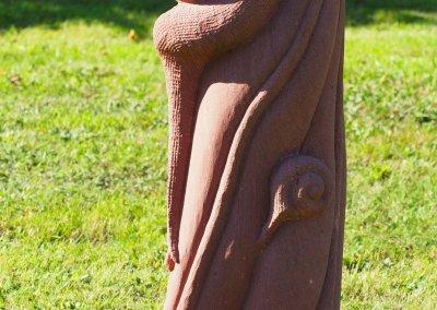 Schneckenfigur aus Stein
